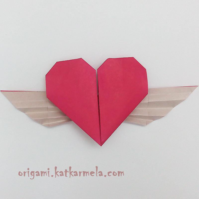 оригами сердечко с крыльями из бумаги